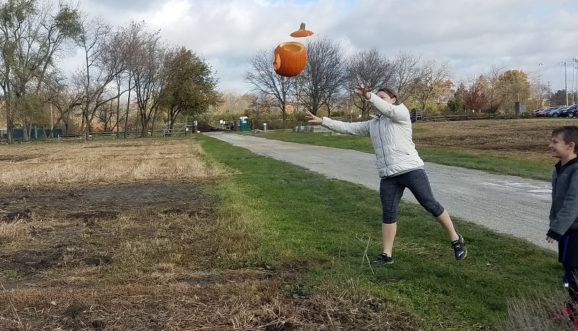 pumpkin_smash_2019-toss-cr-rszd.jpg